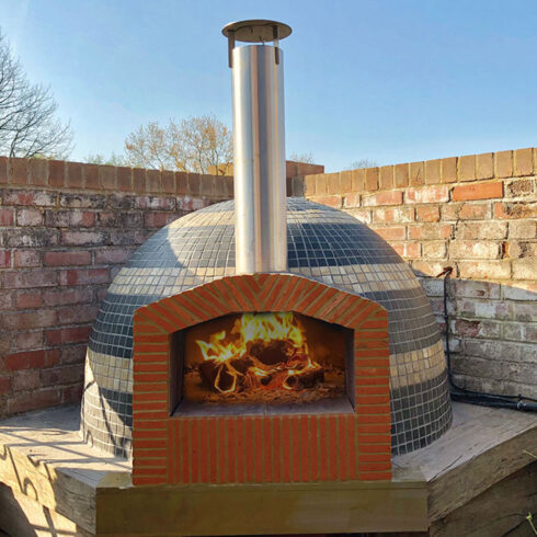 prowoodfireovens.com